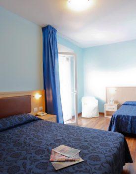 hotel-parco-maremma-camera-tripla-superior-grifone-3